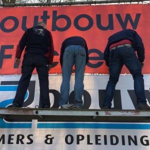 Herstel sponsordoeken na storm feb-17